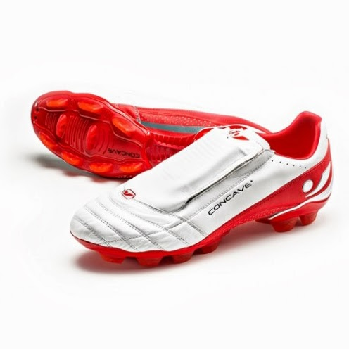 Quantum 1 football boot from Concave who openly acknowledge CobaltNiche as their product designers. Image courtesy of CobaltNiche.